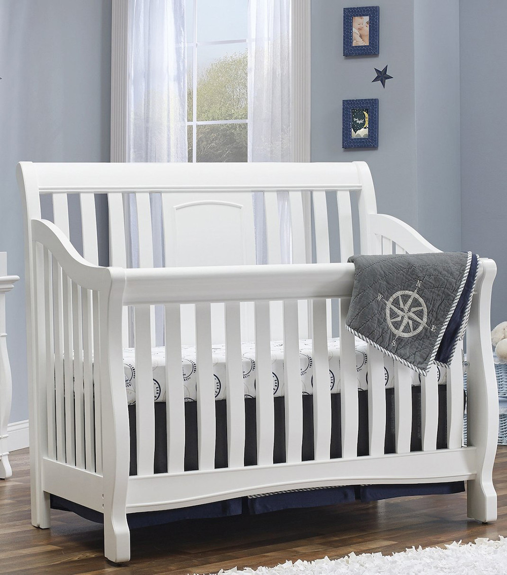 Montgomery 4 in 1 Convertible Crib in White Room